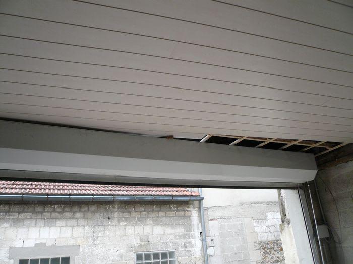 garage0208093.jpg