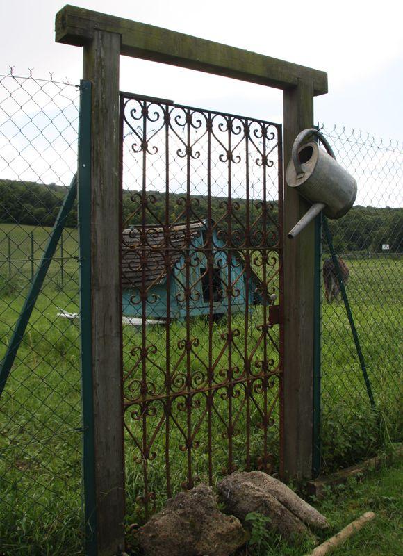Visite d'une ferme (le 17 juil 12) dans Les hippos en balade porte
