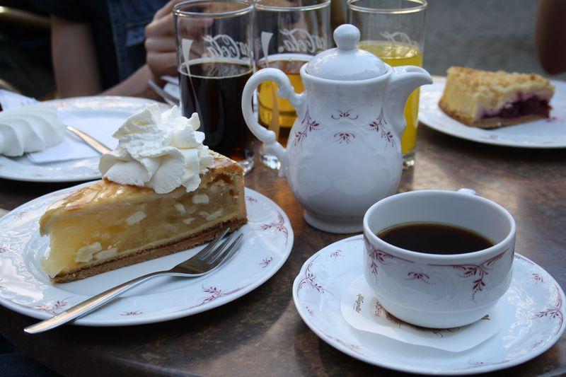 cafe-kuchen-2