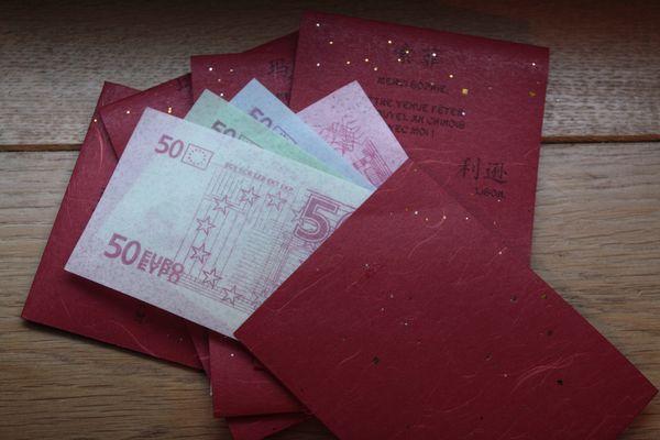 pochettes rouges 2